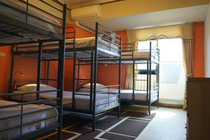 6-bed mixed dormitory